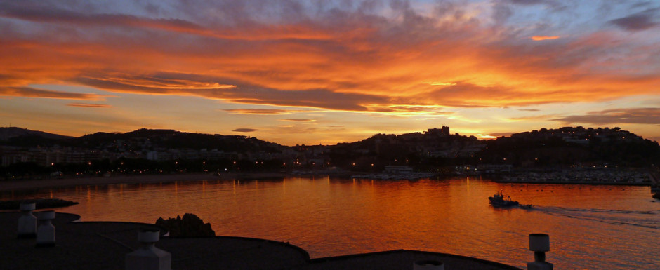 Sunset at sant Feliu
