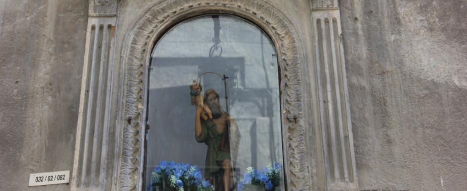 Statue in Girona