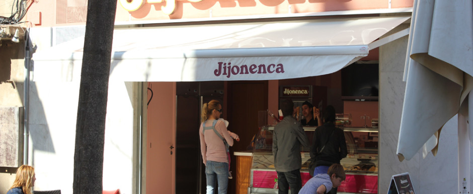La Jijonenca serve great ice creams in Sant Feliu de Guixols