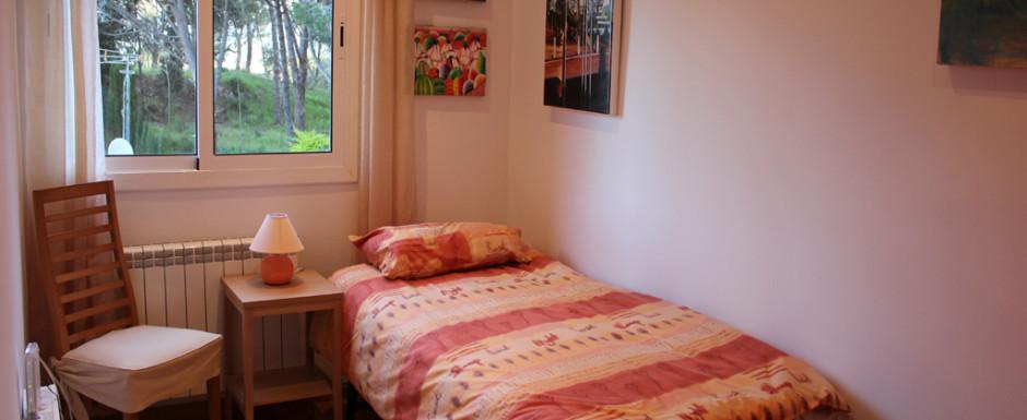 Twin bedroom at maremar