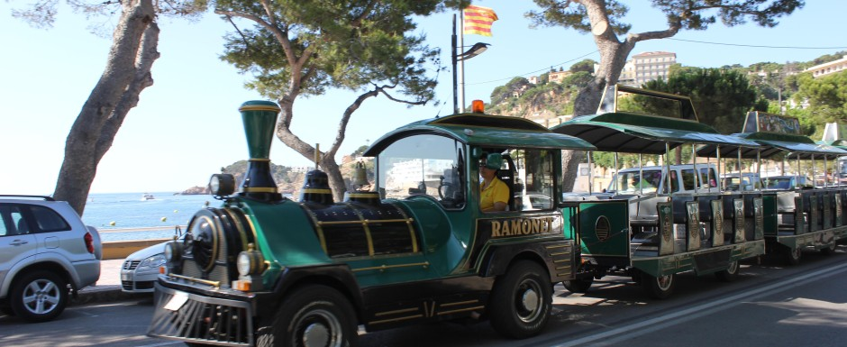 What's on in Sant Feliu de Guixols - the little tourist train
