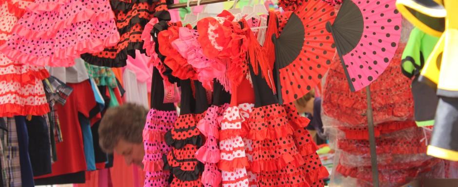 what's on in sant feliu de guixols - sunday market