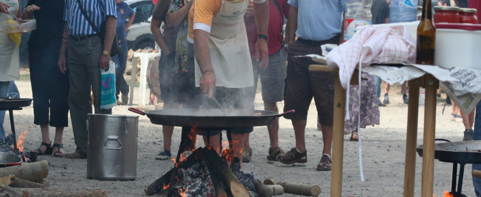 Village fiestas in Catalonia often feature paella making competitions