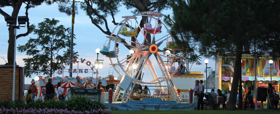 The fair at sant feliu de guixols