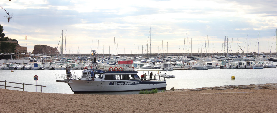 Tour boat in sant feliu de guixols