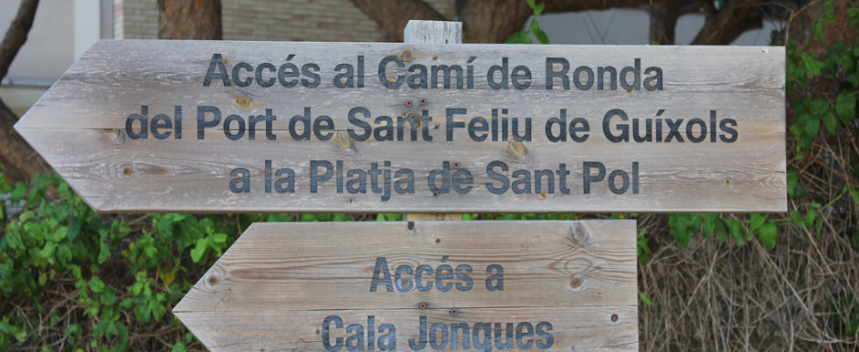 Walk down to coves near sant feliu