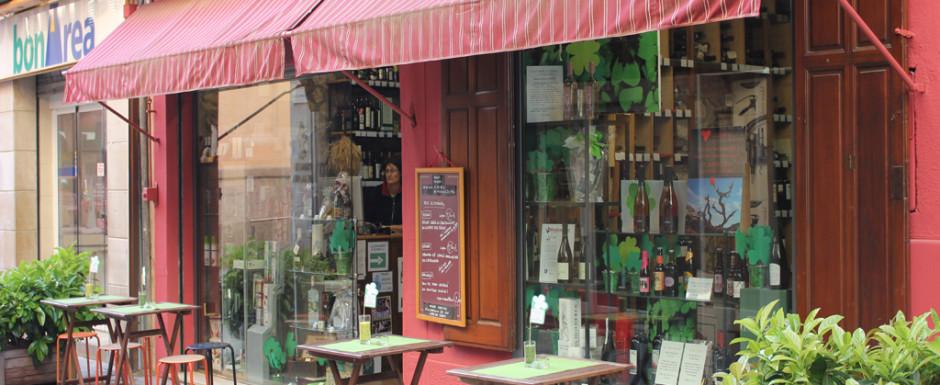 Wine shop sant feliu