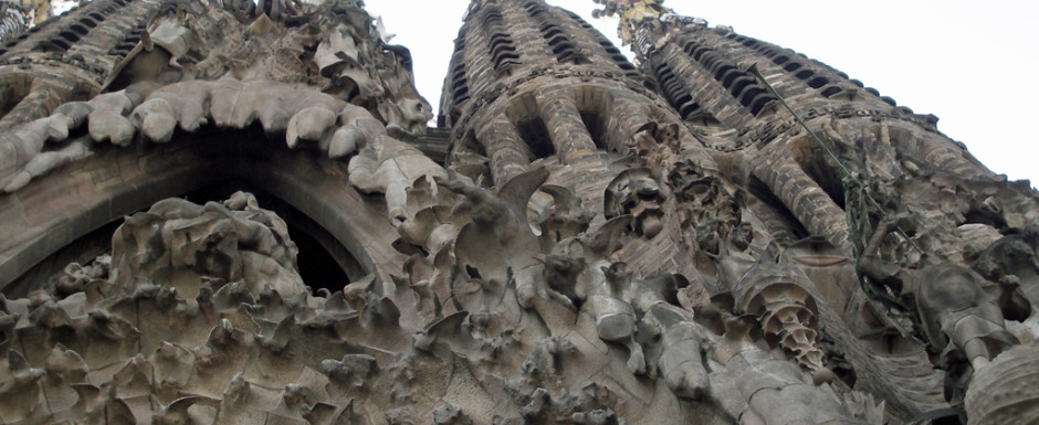 The facade of the Sagrada Familia in Barcelona, a great day out from our holiday home in Sant Feliu de Guixols