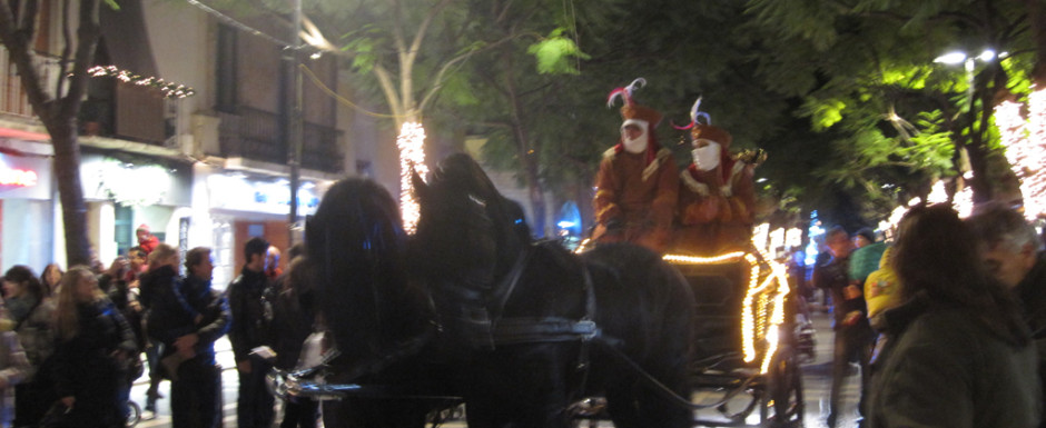 The Three Kings visit Sant Feliu de Guixols on the eve of 6 January, one of the many village fiestas and things to do on the Costa brava